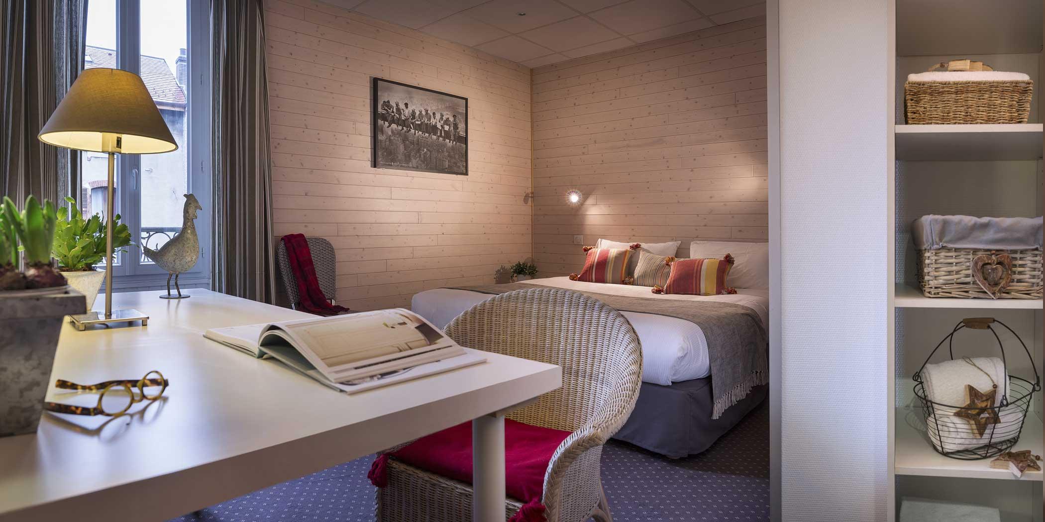 Chambre Double - Weekend en amoureux à Annecy