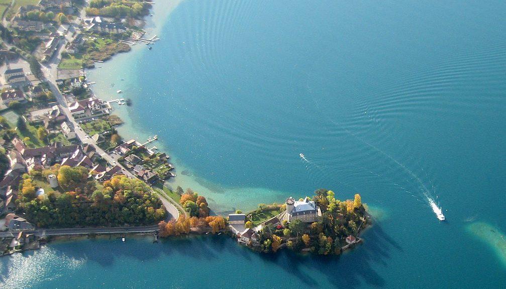 Duingt rive du lac annecy